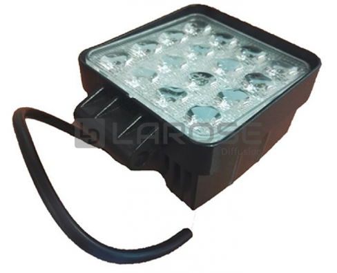 Phare de travail 16 Leds 10/30 Volts 3520 lumens